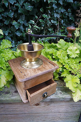Vintage Wooden Coffee Grinder retro shabby farm shop pub collector decoration