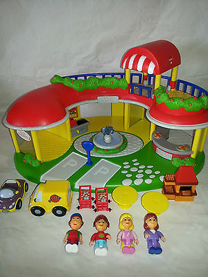 Rare Chicco Toy Shopping Centre Mall - Really Sweet With 2 X Vehicles -Free Post