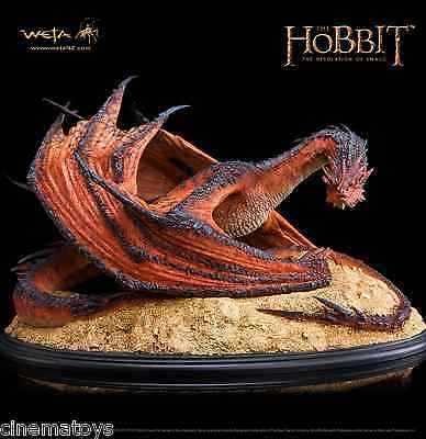 THE HOBBIT THE DESOLATION OF Dragon SMAUG THE TERRIBLE Weta Statue LOTR NOW!
