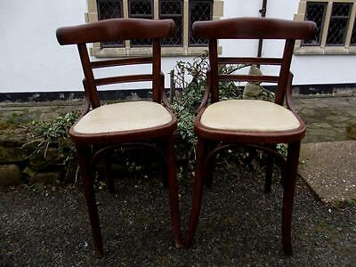 A Beautiful Stylish Retro Pair of Mid Century 1950's Bentwood Chairs Great Style