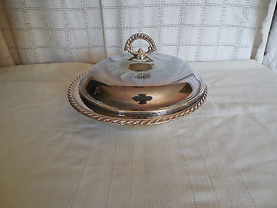 Wm Rogers I/S Silver covered serving  dish  #4162