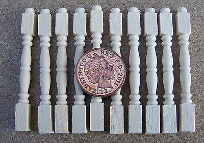 1:12 Scale 12 Bannister Table Wood Spindles DIY Tumdee Dolls House Miniature 601