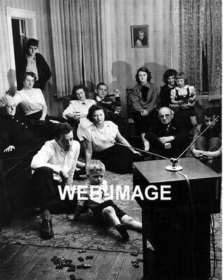 1949 Infancy Of Tv Watching Party Living Room Photo Television Show Americana
