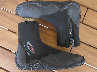 Neptune Traction Scuba Snorkeling Black Boot New Aus Fitting Water Sports