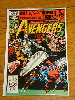 Avengers #215 Vol1 Marvel Comics Silver Surfer Apps January 1982