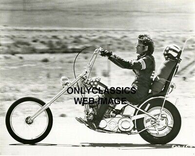 Peter Fonda Easy Rider Harley Davidson Captain America Motorcycle Chopper Photo