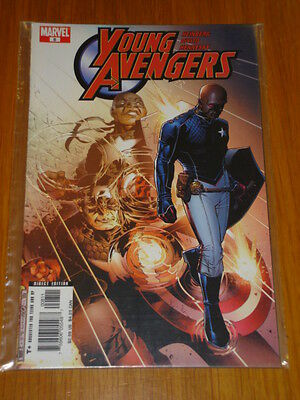 Young Avengers #8 Marvel Comic Near Mint Condition November 2005