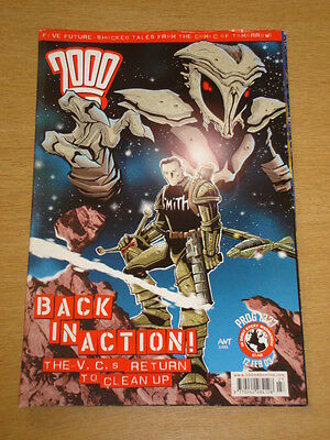 2000Ad #1327 British Weekly Comic Judge Dredd Feb 2003 *