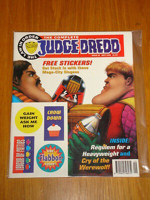 Complete Judge Dredd #32 2000Ad British Magazine 1994 September *with Free Gift*