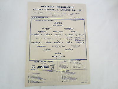 1944-45 FOOTBALL LEAGUE SOUTH CHELSEA v LUTON TOWN