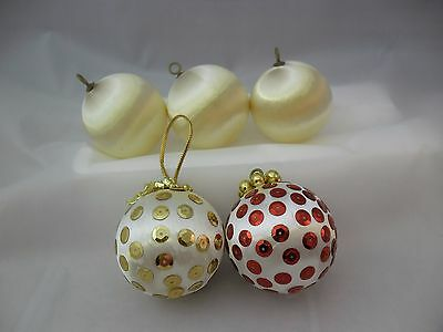 Lot of 5 Vintage White Satin and Foam Ornaments (Lot 19)