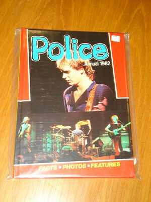 Police British Annual 1982 Vf