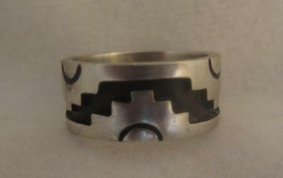 Vtg Handmade Sterling Silver Overlay 9Mm Ring Band W/ Oxidized Base- Size 8.25