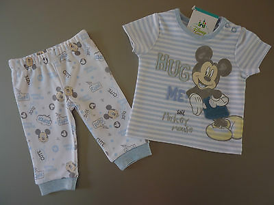 "DISNEY Really Cute ""HUG Me said MICKEY MOUSE"" PJ's NWT"
