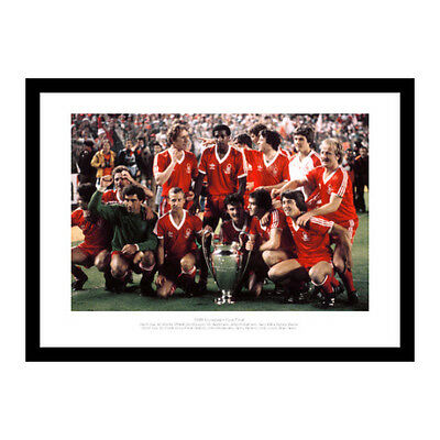 Nottingham Forest 1980 European Cup Final Team Photo Memorabilia (220)
