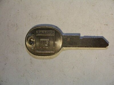 1    Oem    H  Gm  Key Blank  With Knockout In Plase  Uncut   Original