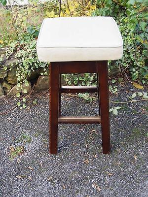 Retro Vintage Cream Leatherette Bar Stool with Wooden Frame & Metal Feature Base