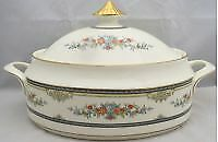 Minton Stanwood (Gold Trim) Oval Covered Vegetable