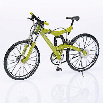 MB Diecast Action Mountain Bike Model 1:10 scale - Bicycle M & B Hobby Cycling