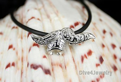 Solid 925 Sterling Silver Stylish Manta Ray Sealife Diver Pendant Necklace