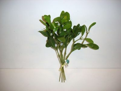 New Bunch Of Mistletoe x6 Artificial Floral Christmas Decoration
