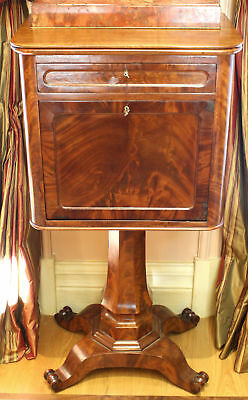 Magnificent 19 Th C French Commode Stand With A Drawer