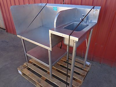 """46""""W x 28""""D x 45""""H Commercial SS Sink with 31"""" x 26"""" Work Area"""