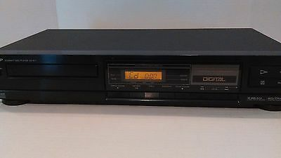 Sharp DX-677 3-Beam 20 Track Compact Disc Player