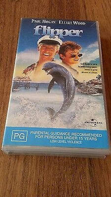Flipper - Paul Hogan, Elijah Wood - Vhs Video
