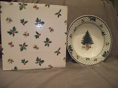 Mikasa Christmas Story Round Vegetable Serving Bowl with Box