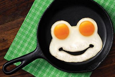 Genuine Fred Funny Side Up Frog Fried Egg Mold NEU/OVP Spiegeleiformer Frosch Ei
