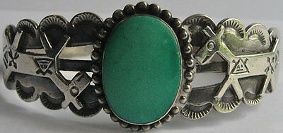 Vintage Fred Harvey Indian Applied Horses Silver Green Turquoise Bracelet
