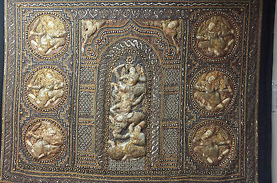 VINTAGE COLLECTIBLE BURMESE KALAGA WALL HANGING 165 x 135 cm