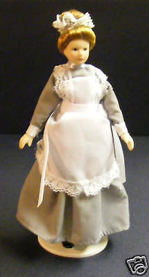 1:12 Scale Maid In A Grey Dress Dolls House Miniature Ladies People