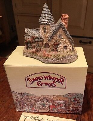 David Winter Cottages VICARAGE in Original Box and COA 1985
