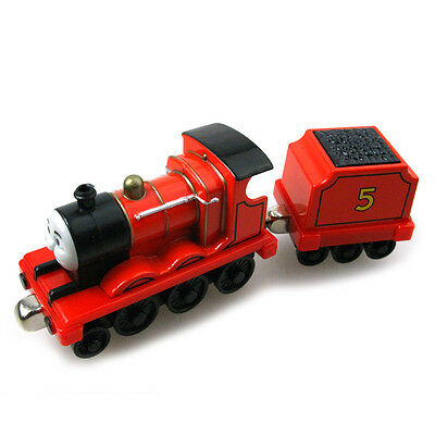 T0122 Die-cast THOMAS and friend The Tank Engine train-james and tender
