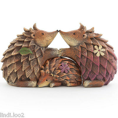 Hugging Hedgehog Family ~ Cute Wood Effect Hedgehogs ~ Ethically Sourced ~