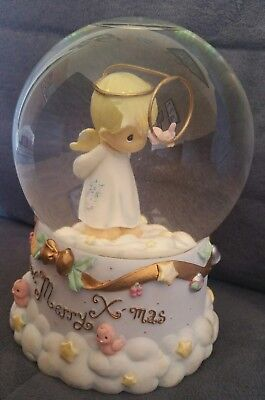 Precious Moments 2001 Halo Angel Water Globe Musical Box