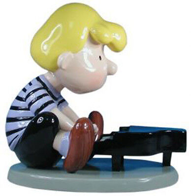 """Peanuts (Snoopy) Collectable  -large  Schroeder figurine  - 14"""" tall (8177)"""