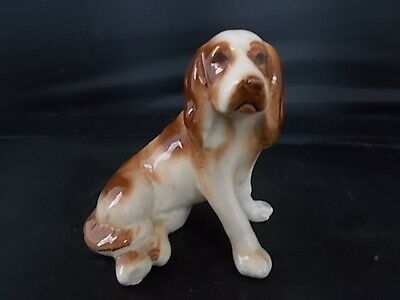 Pottery Seated Spaniel Dog Ornament British Made c1950s 3.5 inches tall VGC