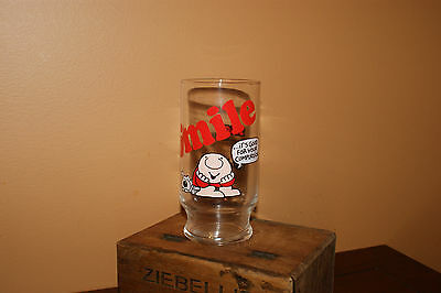 Vintage ZIGGY GLASS ( Smile it's good for your complexion )  Hardee promo 1979