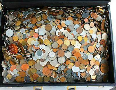 SET LOT OF 30 DIFFERENT TYPE FOREIGN WORLD COINS. MOSTLY 20th CENTURY DATES!