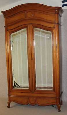 Beautiful Quality Solid Walnut 1940's French 2 door Armoire in Lovely condition