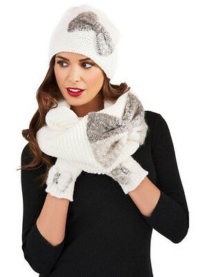 Ladies Chunky Knit Beanie Hat & Snood With Bow Detail