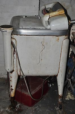 Antique/Vintage Maytag Wringer Washing Machine 1950's