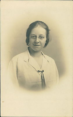 . Young lady spectacles 'Lizzie'  QR1113