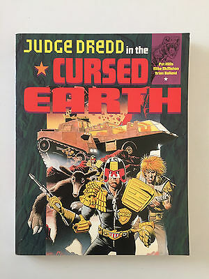 2000Ad Judge Dredd In The Cursed Earth Graphic Novel Patt Mills Mike Mcmahon