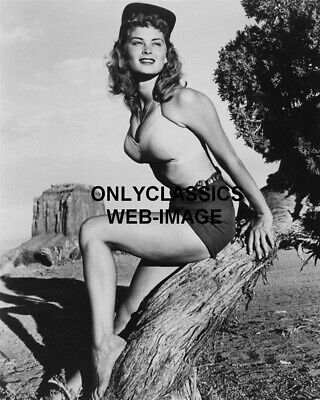 Sexy Busty Cute Girl Irish Mccalla Pose Death Valley 8X10 Photo Pinup Cheesecake