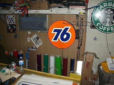 Union 76 Lighted Sign 24 inch round