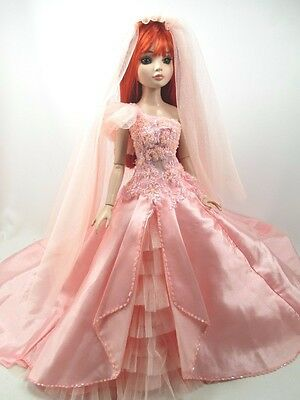 Outfit Dress Wedding Gown with veils Tonner Tyler Essential Ellowyne # 800-13